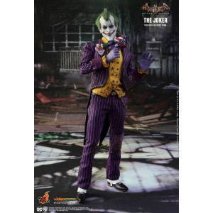Batman: Arkham Asylum The Joker Figure 1/6 Scale