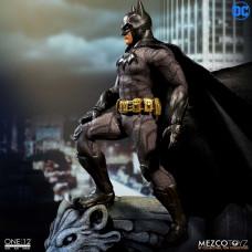 Batman Sovereign Knight - Mezco One:12